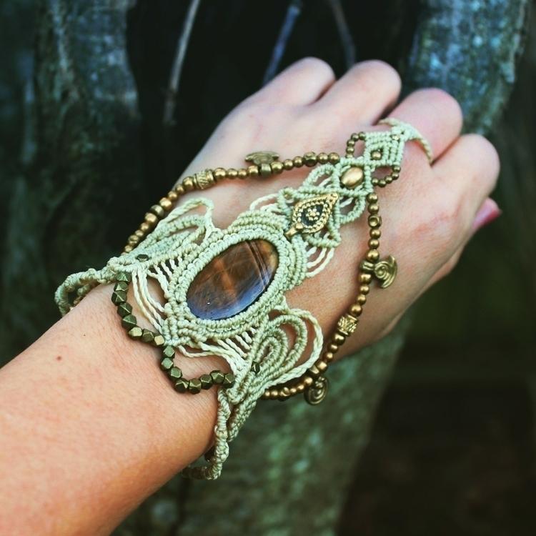 absolutely Love slave bracelet - lovesmacrame | ello