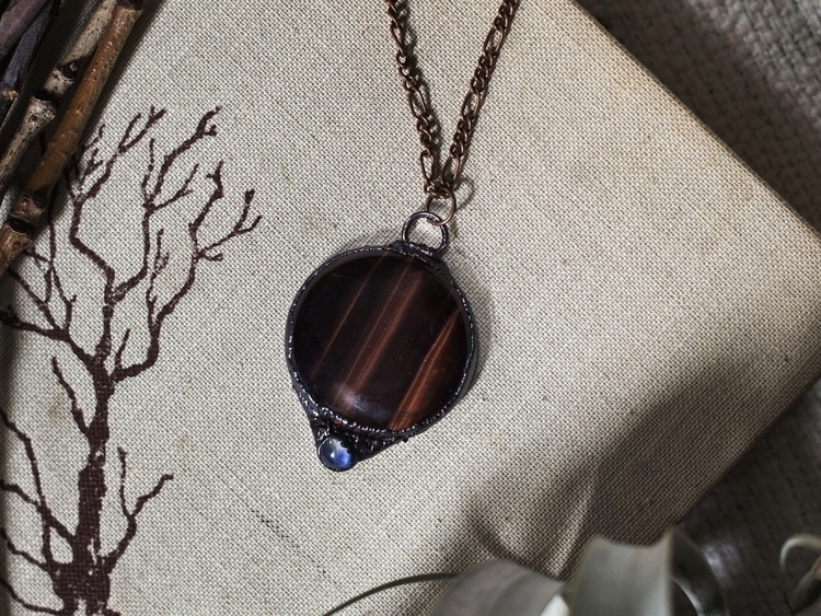 Moon Necklace  - tigerseye, redtigerseye - bainiel | ello