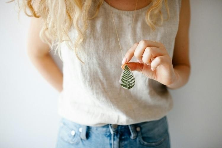 Fern Leaf Necklace time favorit - duplika | ello