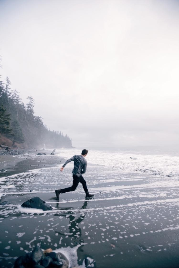 Ocean Rock Pitcher - photography - minnley | ello