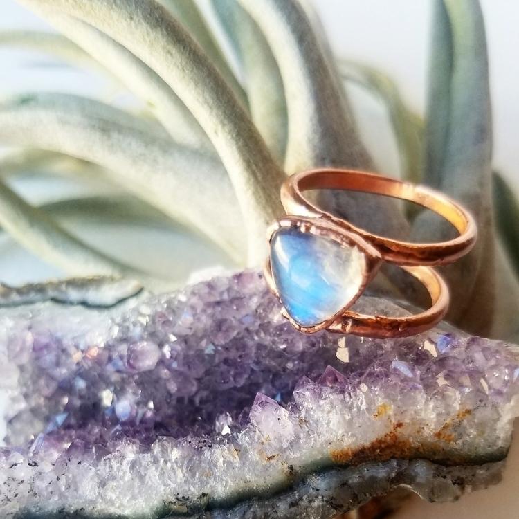 rings, ring, moonstone, desertdaisyjewelry - desertdaisyjewelry | ello