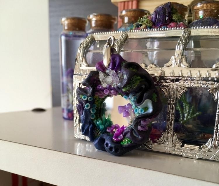 Mirror soul - quartz, crystals, polymerclay - petruumsland | ello