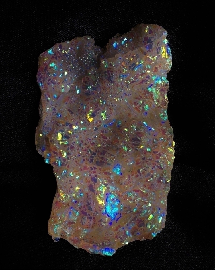 Rainbow:rainbow::sparkles::crys - plutonianflower | ello