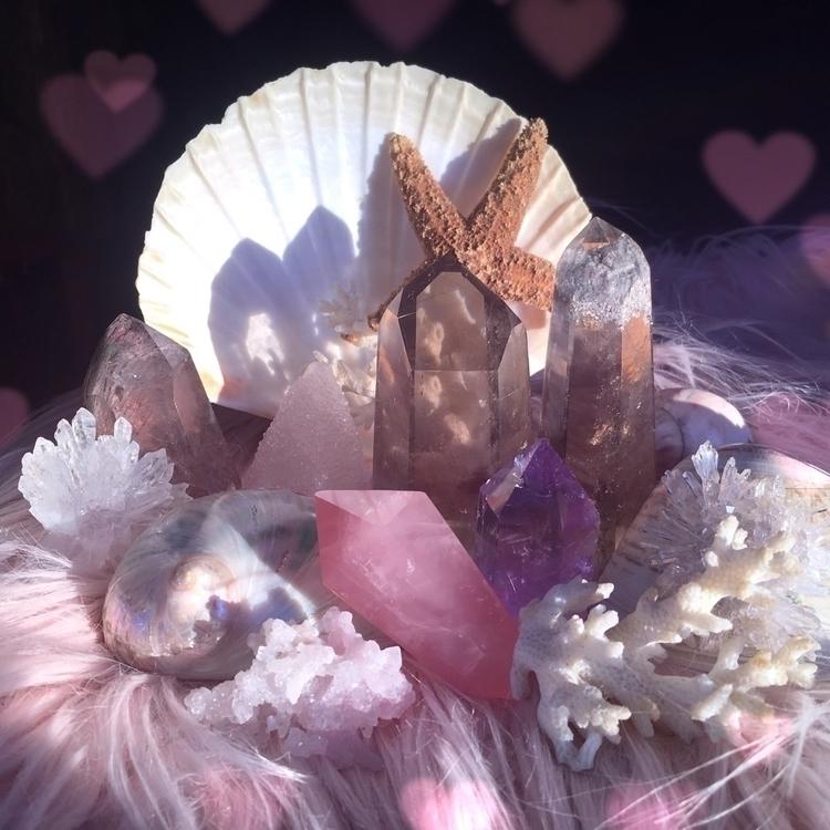 Dreaming sea, :hearts:︎ ︎︎ - occultkittencollection - occultkitten | ello