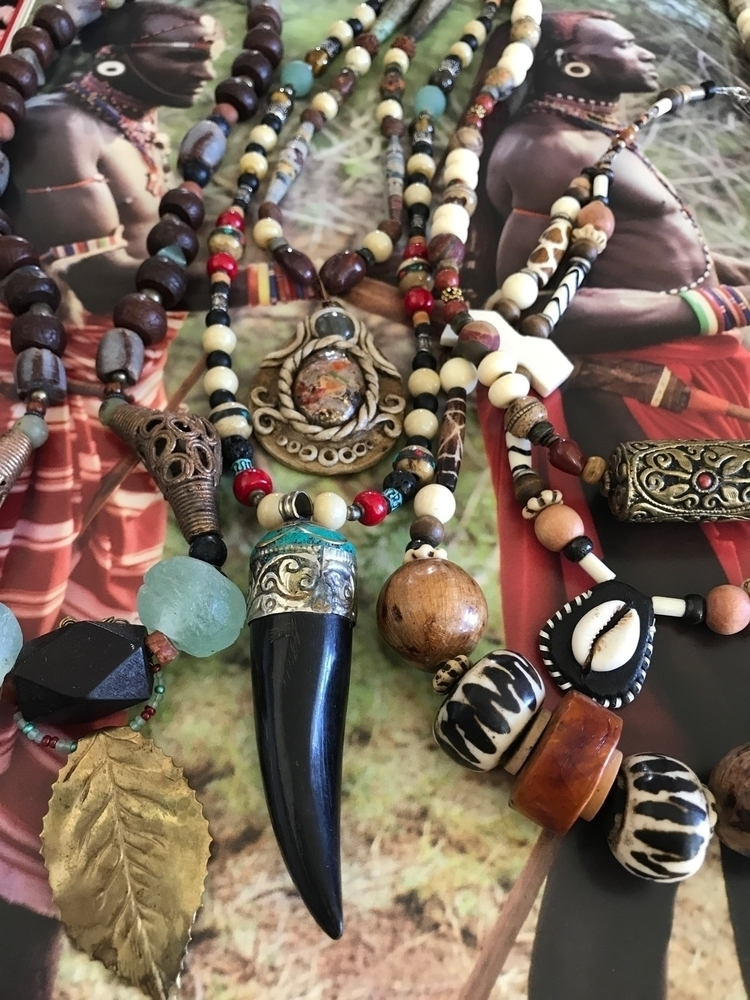 peak Collection working warrior - sistasjewelry | ello
