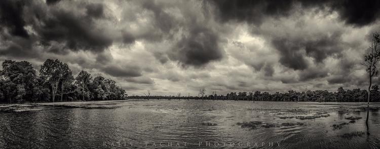 Neak Pean Lake, Siem Reap - 17  - morpheus2004 | ello