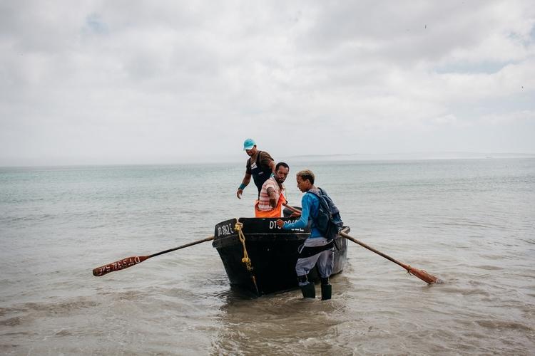Crayfish fishermen. Paternoster - debbarak | ello