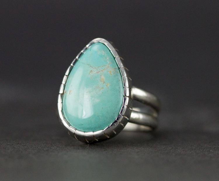 Raw purple sapphire ring set 22 - allwirdupjd | ello