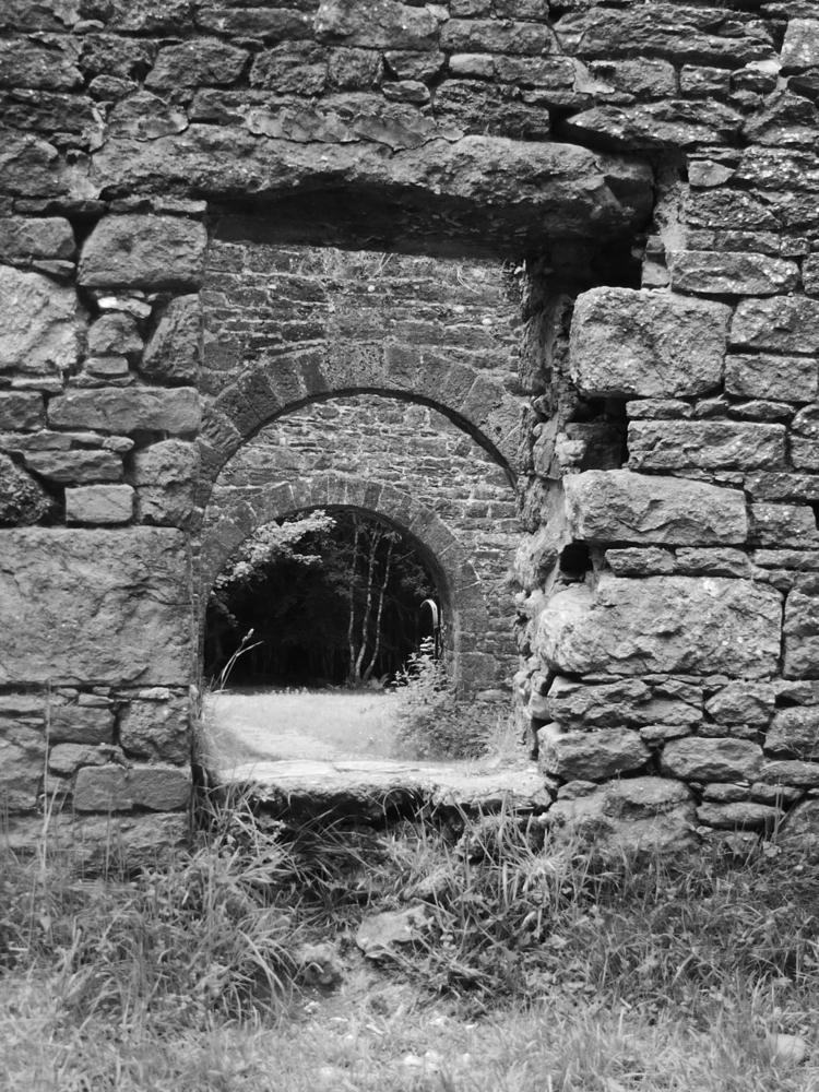 Castle, Co. Waterford - ireland - paulbines   ello