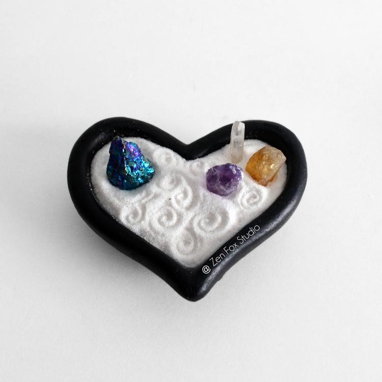 listed Heart shaped Mini Zen Ga - zenfoxstudio | ello