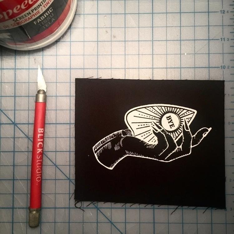 Ouija Planchette Patch patch ja - blvkkitsune | ello