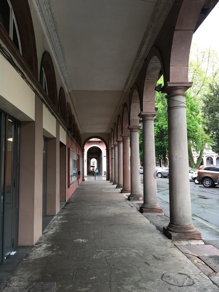 colonnes, arcades, mulhouse - webcreators | ello
