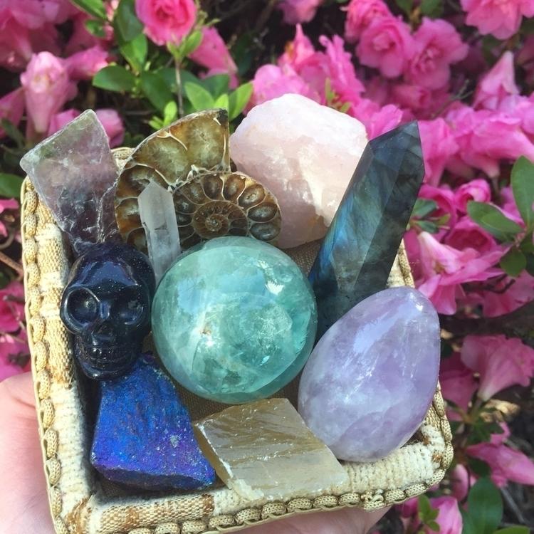 gorgeous crystal bundle shop lo - drayajade   ello