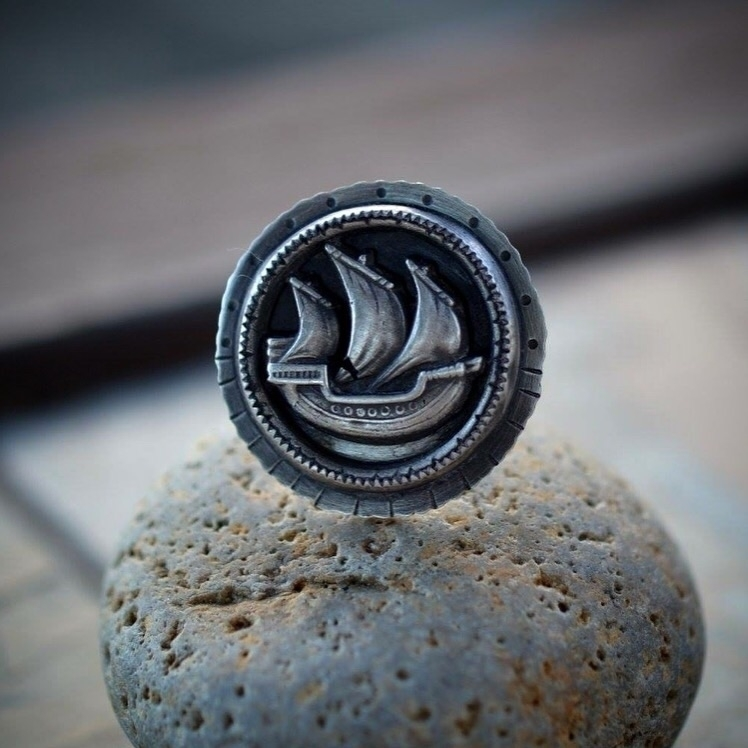 Ship ring. Size 8.5-9 Tuesday 3 - arrokjewelry | ello