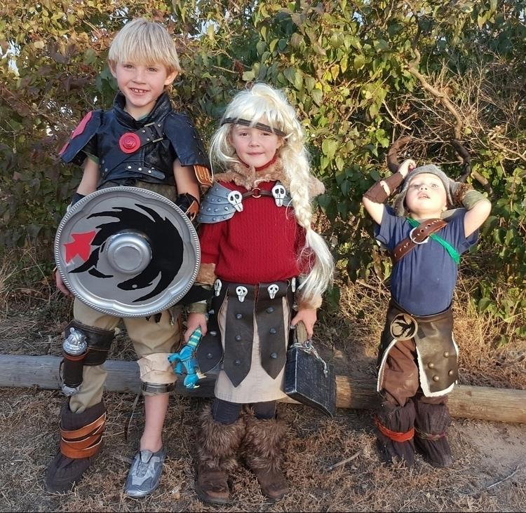 Love creating costumes kids! Hi - themechanicswife | ello