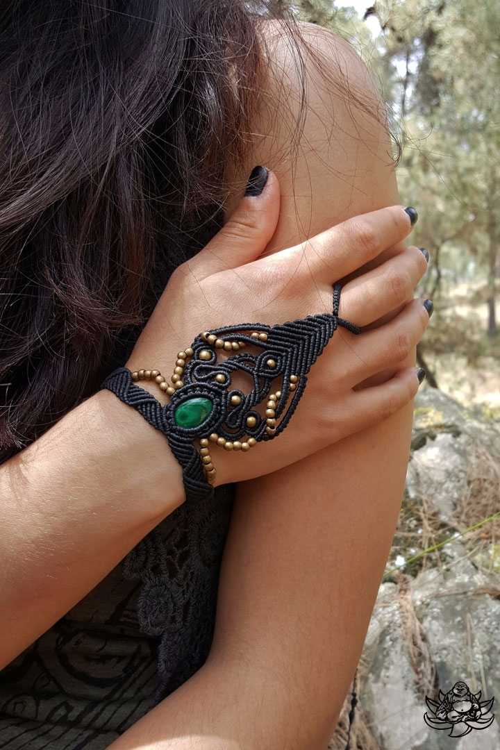 Beautiful macrame slave bracele - laughingbuddha_macrameart | ello