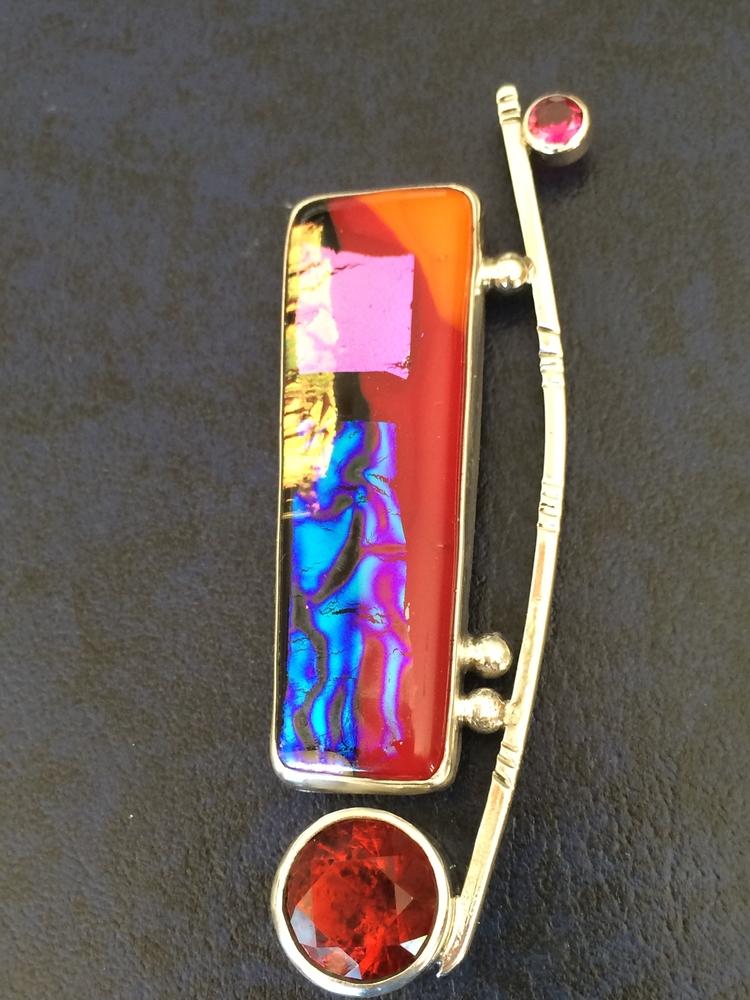 Art Glass Brooch - Fused facett - desertnightsstudio | ello