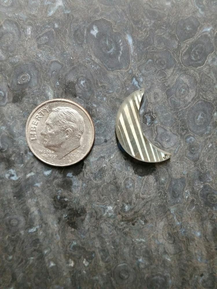 Labradorite crescent ... $25 hi - daves_craves | ello