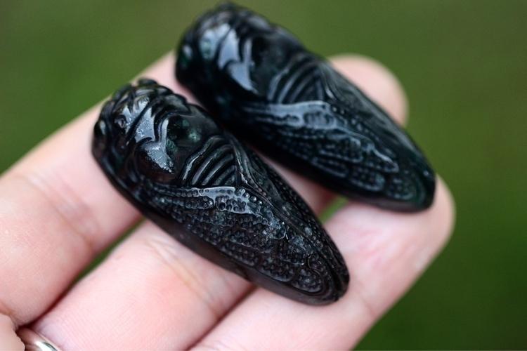 wait create magic carved cicada - arrowsandstone   ello