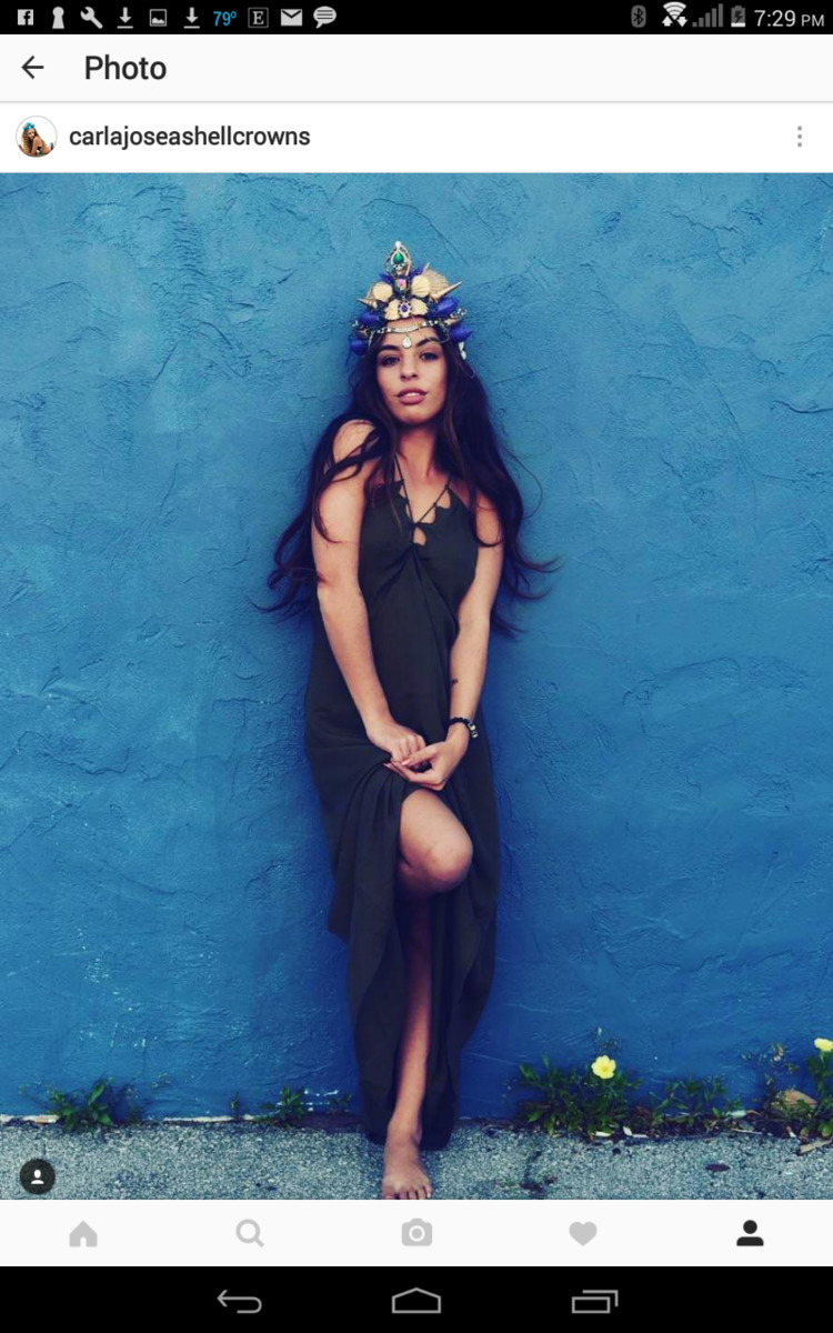 Beautiful Vanessa rocking Golde - carlajoseashellcrowns | ello