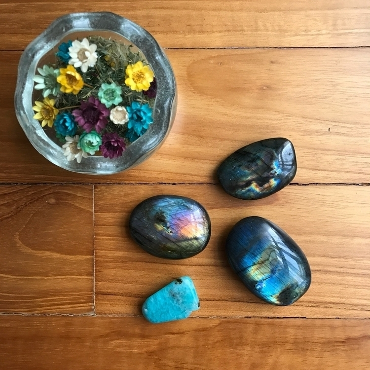 beautiful labradorite loving - crystals - dy_creations | ello