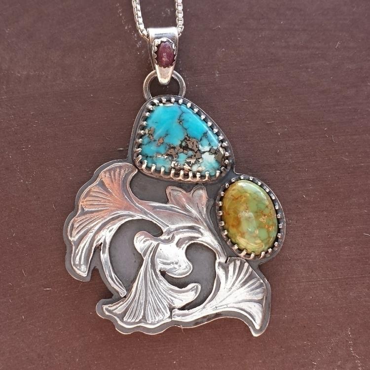 Ginko leaf turquoise pendant ru - alleyec | ello