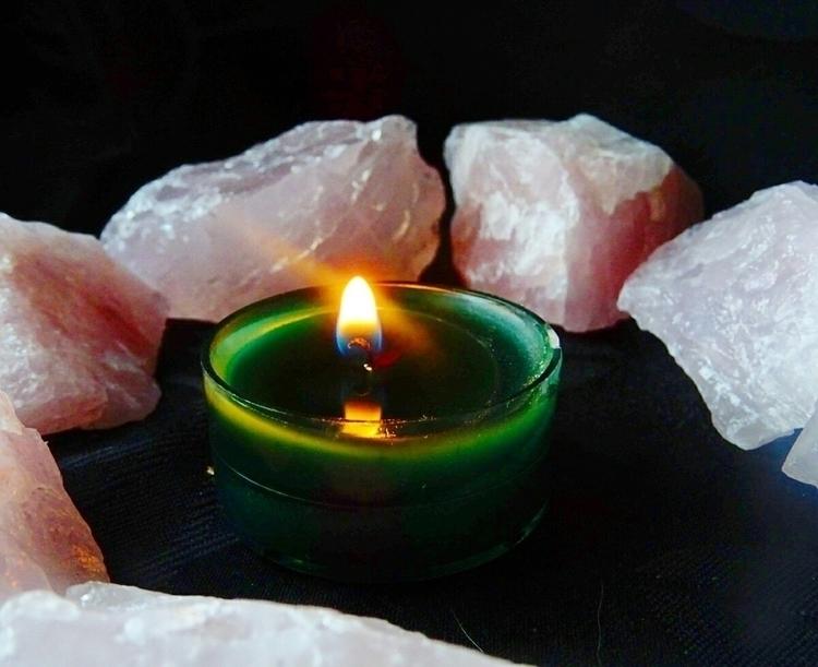 Rose quartz £2 chunk etsy store - kapika_arts   ello