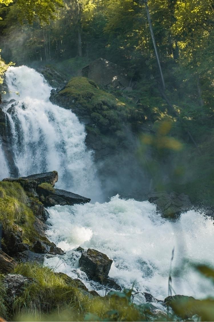 insane waterfall called Giessba - jeyhag | ello