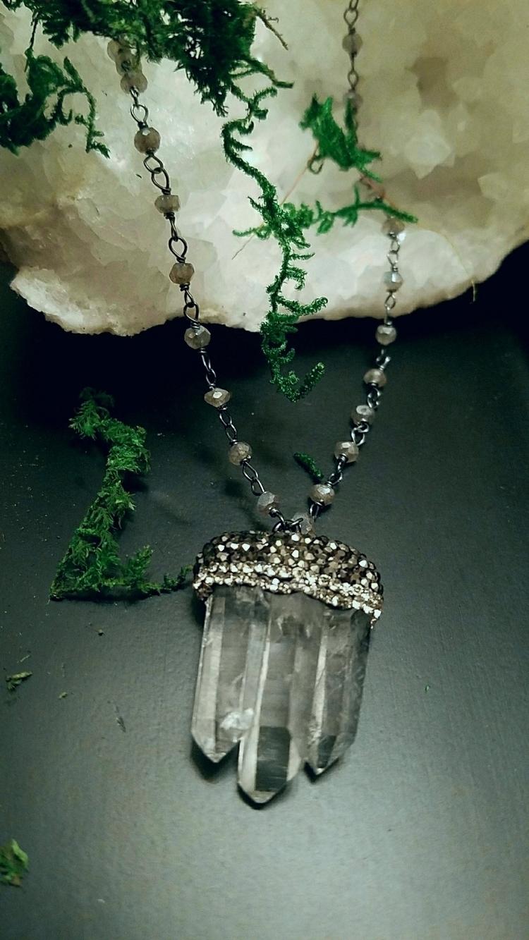 stunning quartz points marcasit - lolafaejewelry | ello
