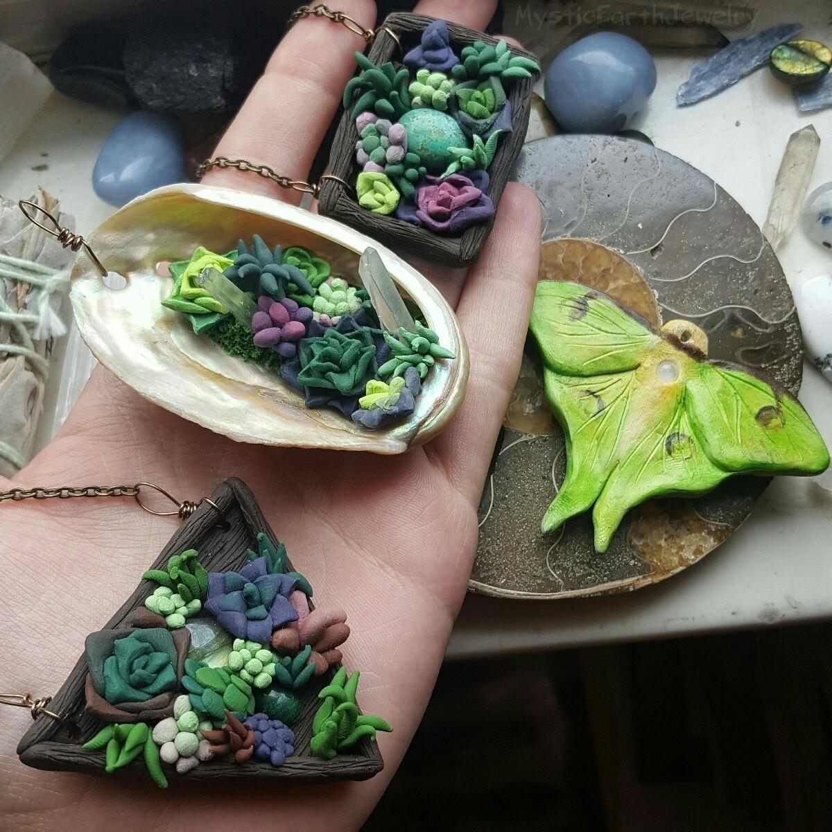 Yup, succulent necklaces shop!  - mysticearth   ello