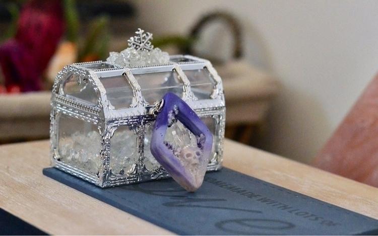 Ice Queen - crystaljewelry, quartz - petruumsland | ello