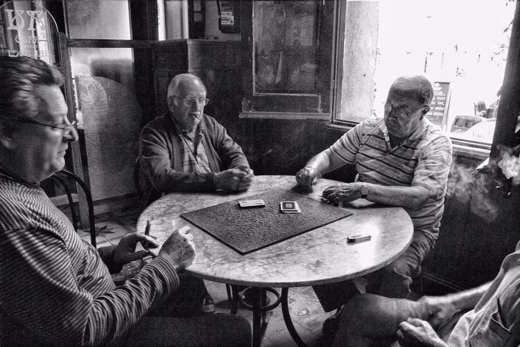 Men playing cards ( Barcelona,  - cornelgin | ello