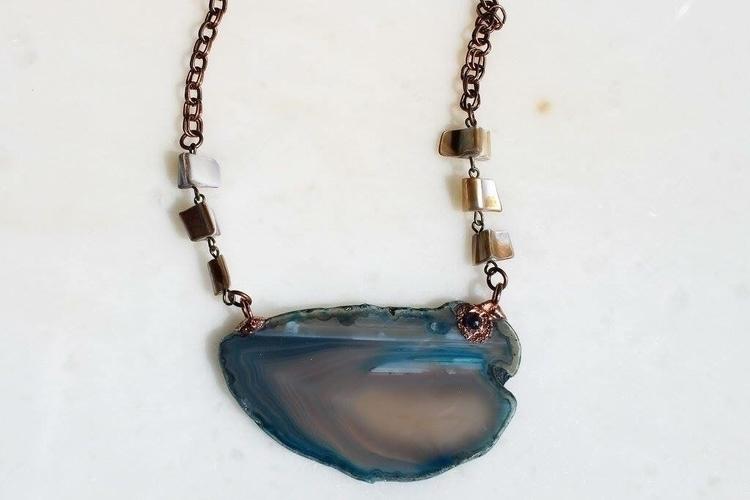 agate slice necklace amethyst a - fivehandsstudio   ello
