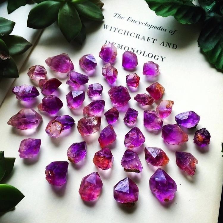 Loving vibrant pink amethyst pi - zeadsdead | ello