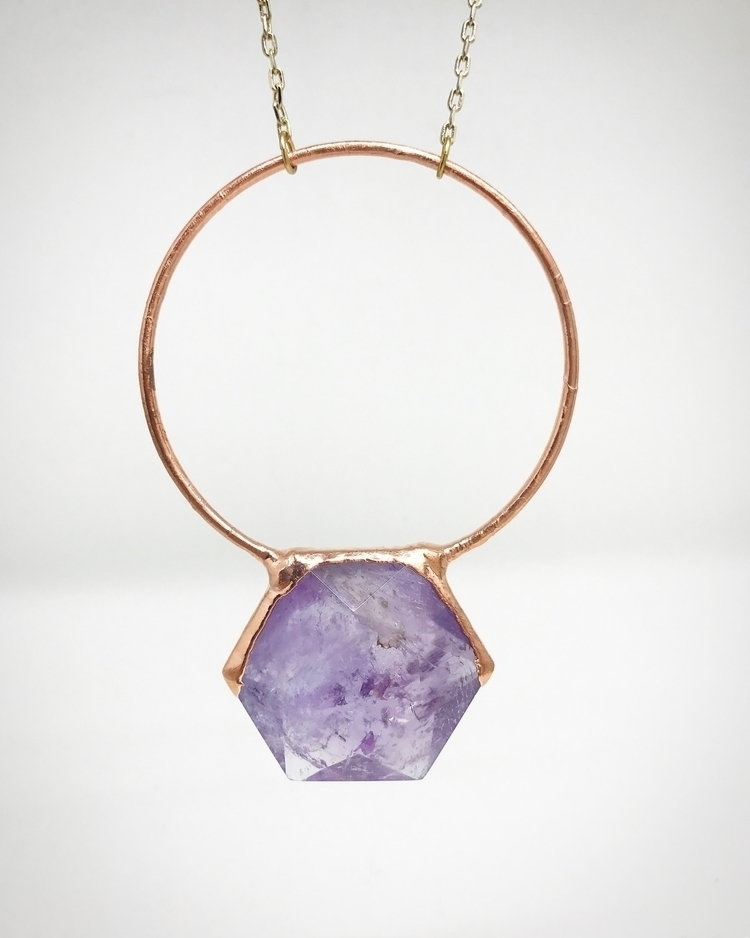 Amethyst beautiful stone holds  - lb_jewelry | ello