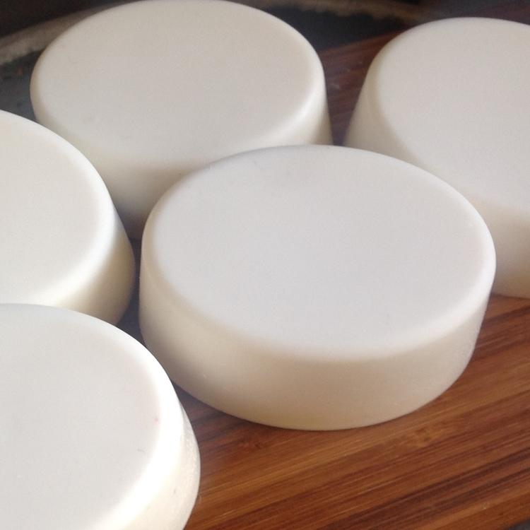 Håndlaget kokos-såpe. Handmade  - grimshave | ello