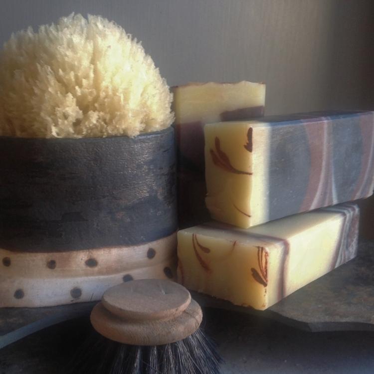 Håndlaget såpe med Rosmarin og  - grimshave | ello