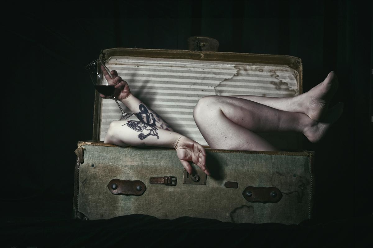 Photographer/Model:Deirdre Mar - darkbeautymag | ello