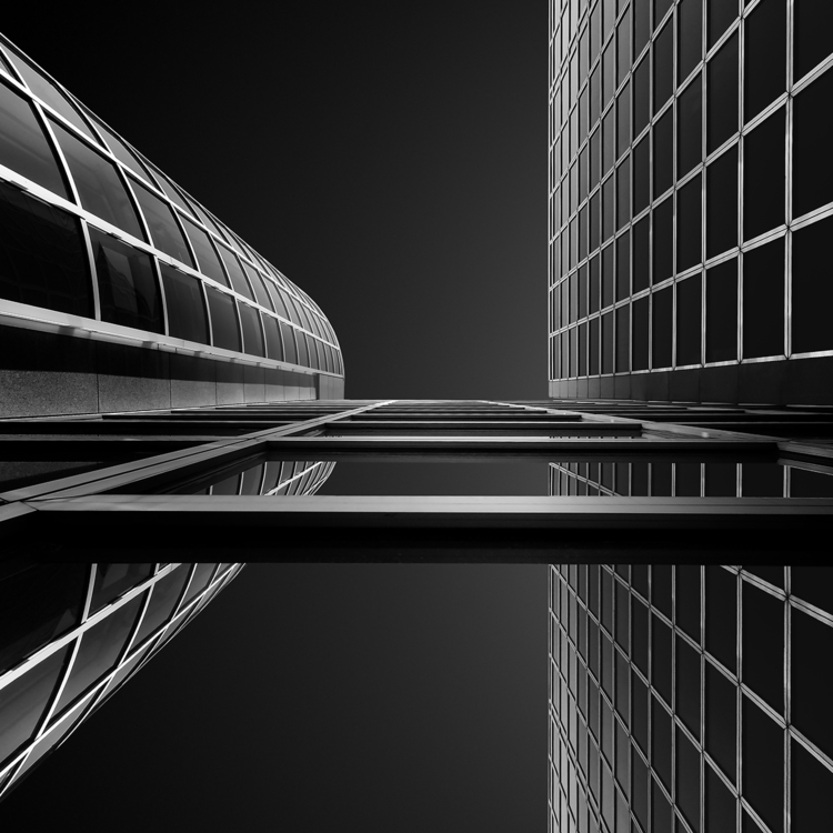 Gediminas Karbauskis - minimalist | ello