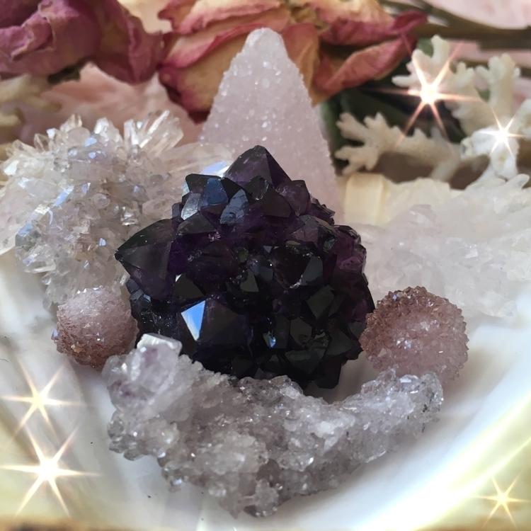 Tiny crystalline beings capture - occultkitten   ello