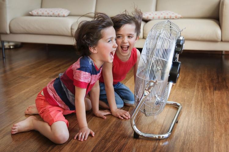 Refreshing - kids, children, siblings - lisatichane | ello