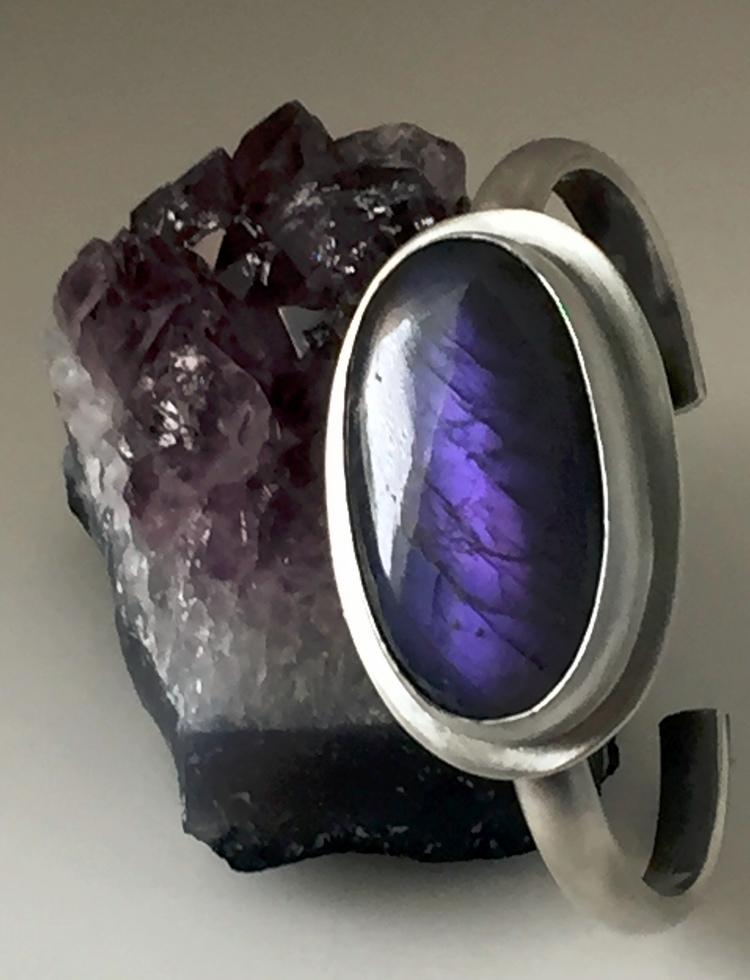 Purple Labradorite Bracelet Gor - violetvengeance | ello