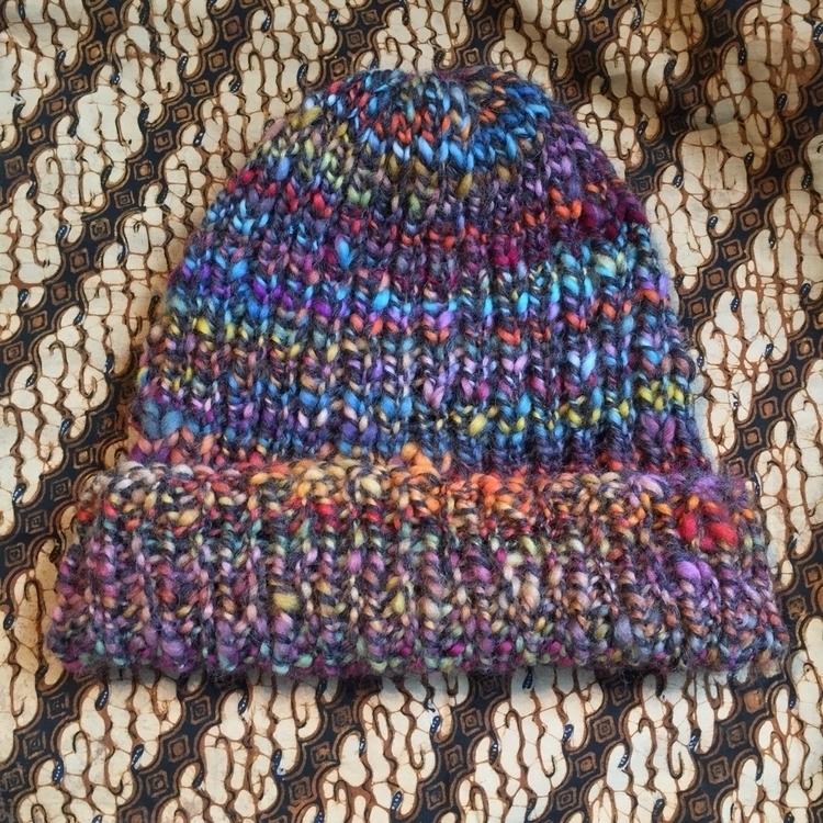 Progress slouchy hat...Winter A - medusas_handmade | ello