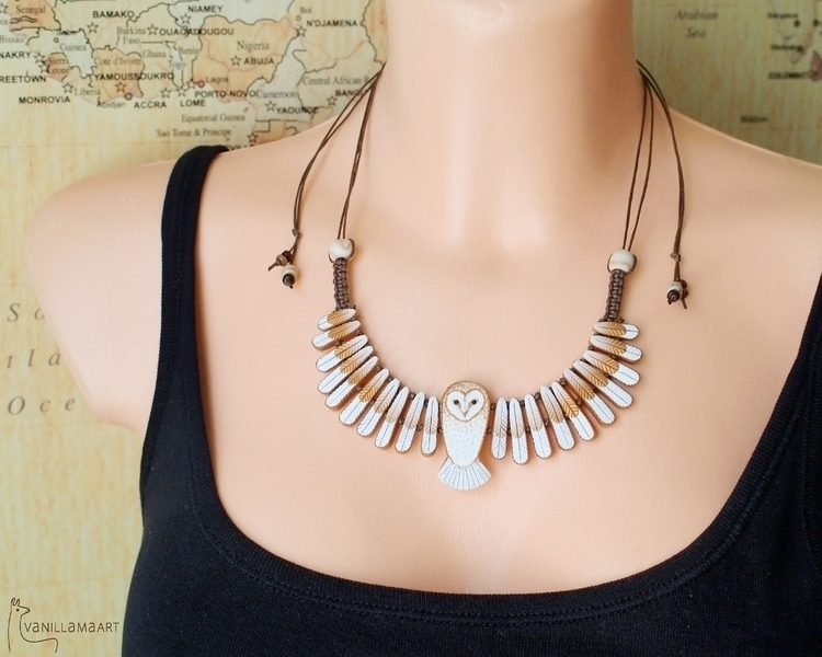 Hand necklace inspired beautifu - dorotavl | ello