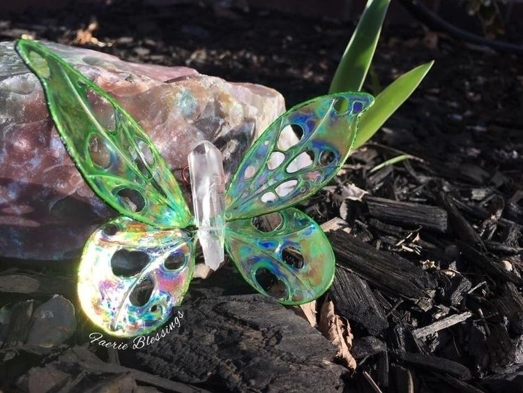 Emerald stunner - butterfly, butterflywings - faerieblessings   ello