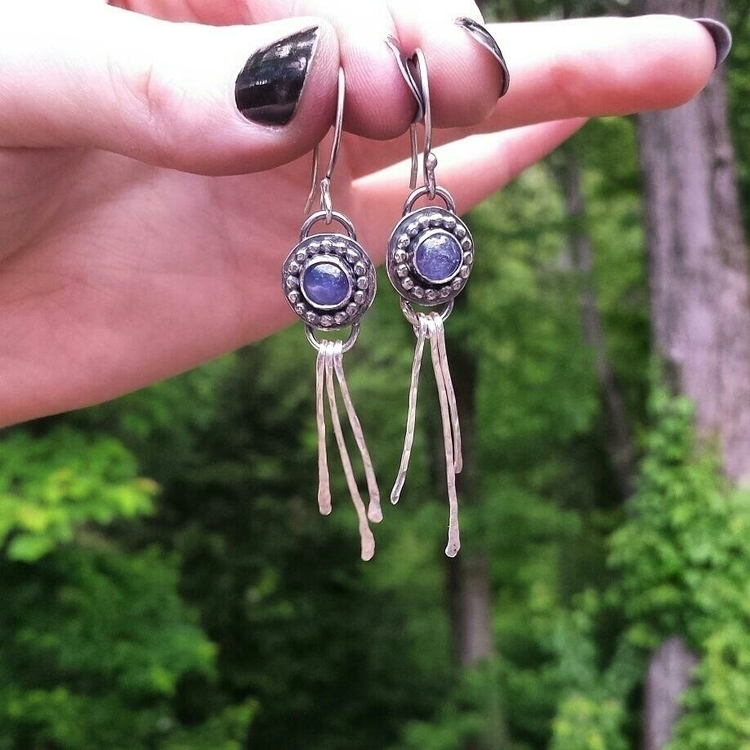 happy pair earrings turned cust - lunarmountain | ello