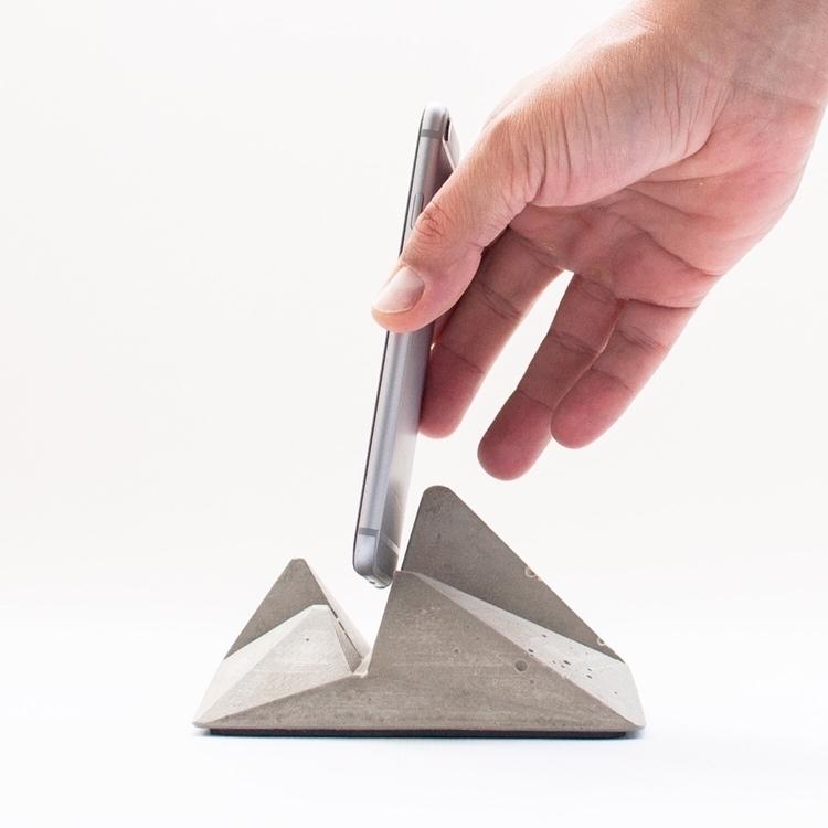 Geometric - Concrete Smartphone - oitenta | ello
