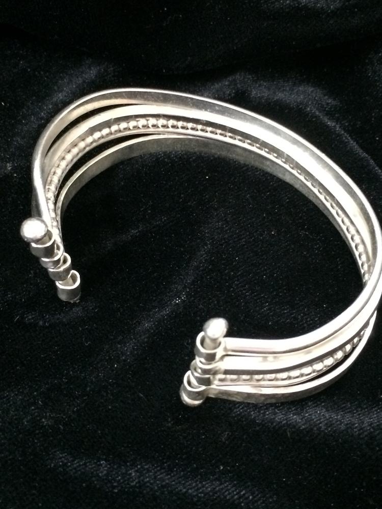 Silver bangle cuff bracelet - desertnightsstudio - desertnightsstudio | ello
