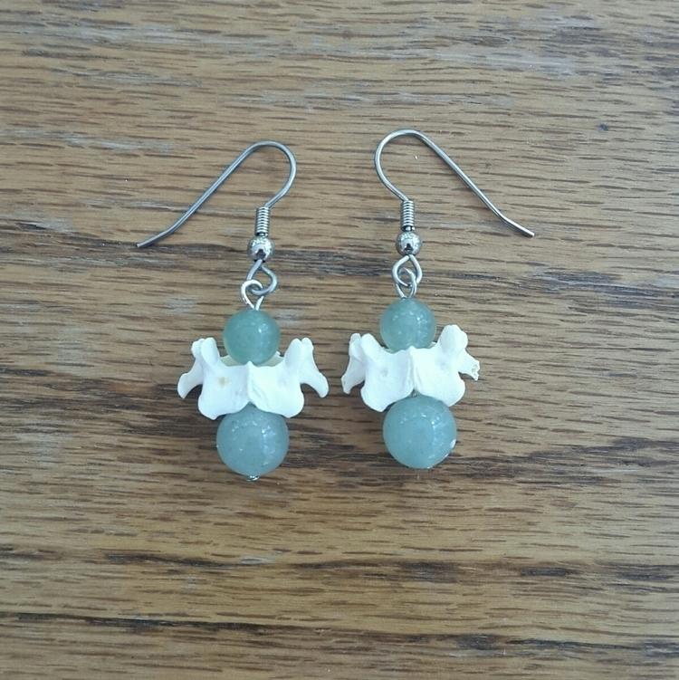 delicate drop earrings real rab - artbywolves | ello