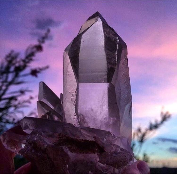 beauty Structure Minerals IG - ellocrystals - thatgirlstayce | ello